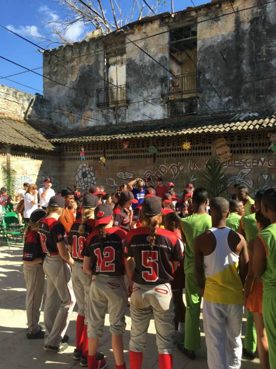 Canadian Girls help start girls youth baseball league in Matanzas Cuba